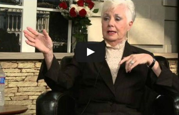 Willie Waffle's Interview With Shirley Jones