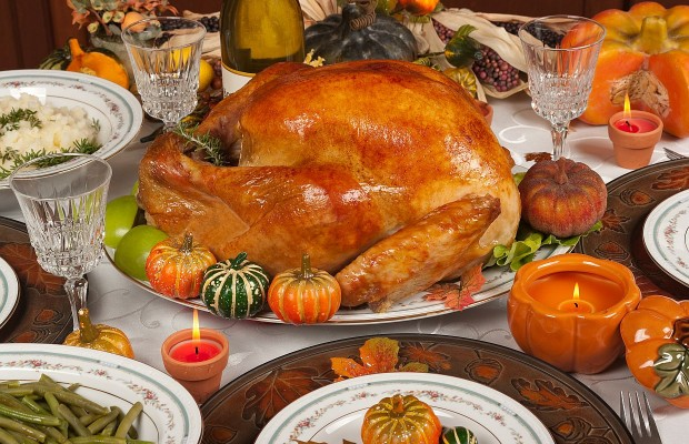 The 9 Guests You Will Meet This Thanksgiving And How to Deal With Them