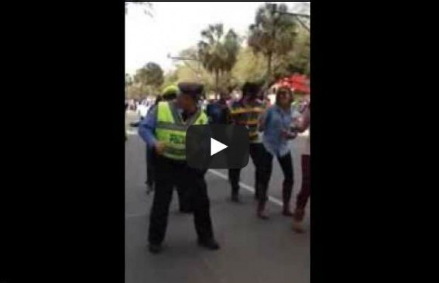 "New Orleans Police Officers Really Know How To ""Wobble"""